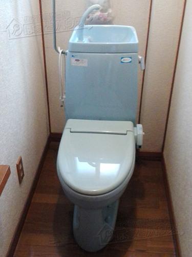 施工前 INAX(LIXIL) シャワートイレM2GB