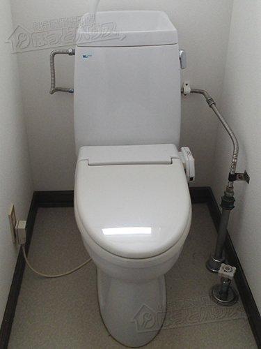 施工前 INAX(LIXIL) シャワートイレM2BG
